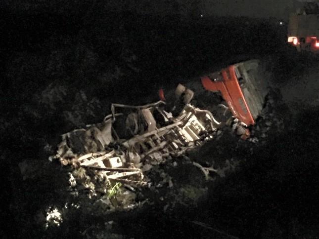 Hiện trường vụ tai nạn trên cao tốc Pháp Vân - Cầu Giẽ - ảnh 2