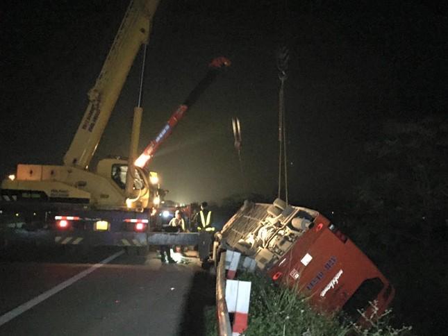 Hiện trường vụ tai nạn trên cao tốc Pháp Vân - Cầu Giẽ - ảnh 4