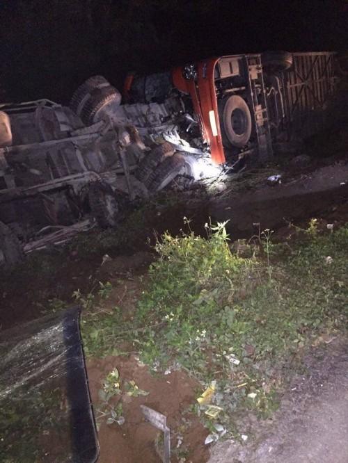 Hiện trường vụ tai nạn trên cao tốc Pháp Vân - Cầu Giẽ - ảnh 5