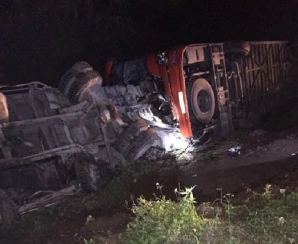 Thông tin mới vụ tai nạn ở cao tốc Pháp Vân, 19 người thương vong - ảnh 1