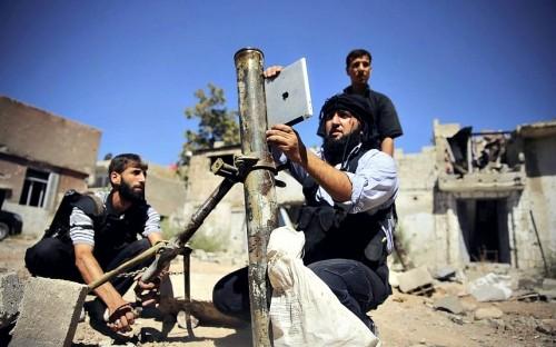 Các loại vũ khí tự chế độc nhất vô nhị của quân nổi dậy Syria - ảnh 1