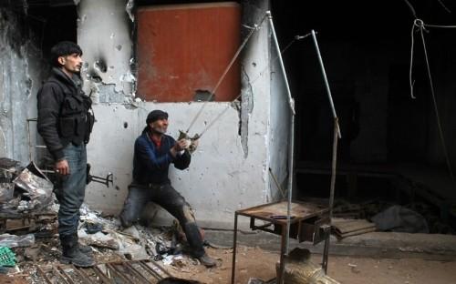 Các loại vũ khí tự chế độc nhất vô nhị của quân nổi dậy Syria - ảnh 3