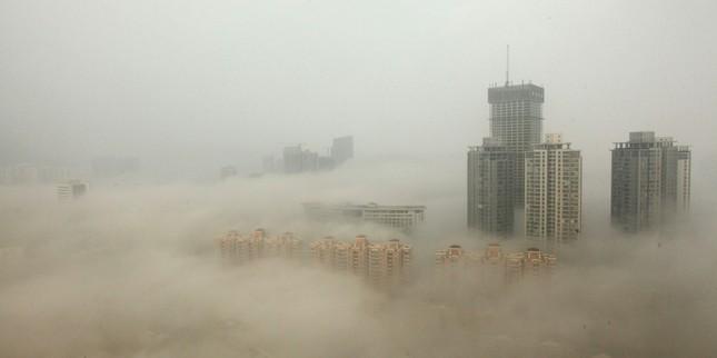 Bắc Kinh cảnh báo tình trạng sương mù do ô nhiễm - ảnh 3
