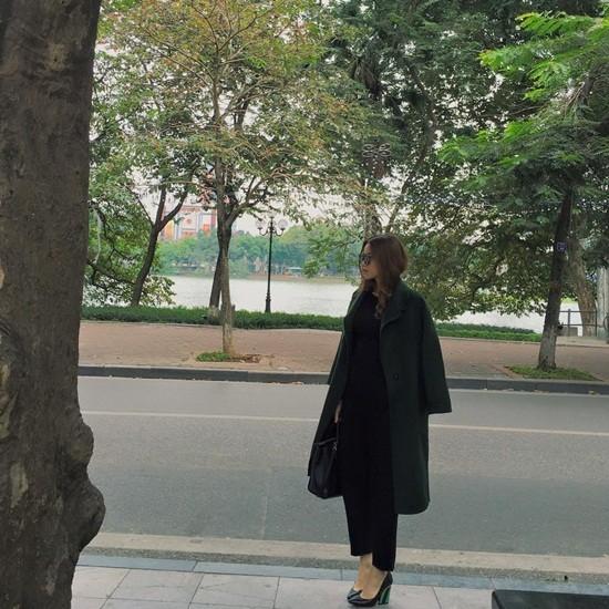 Hồ Ngọc Hà bức xúc khi bị chụp lén tại Hà Nội - ảnh 1