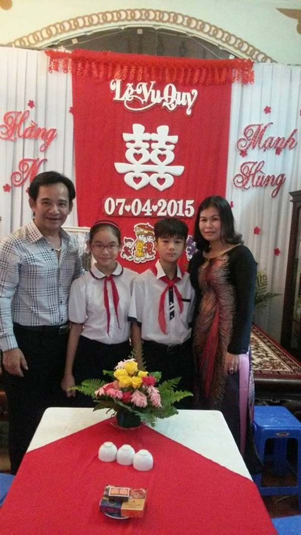Những người vợ làm công nhân, thợ cắt tóc của sao Việt - ảnh 1