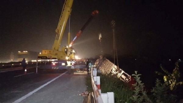 Tai nạn xe khách trên cao tốc Pháp Vân: 4 người đã xuất viện - ảnh 1