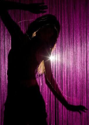 Vụ án tạt a xít ca sĩ Cẩm Nhung: 'Bóng ma' nơi vũ trường(3) - ảnh 1