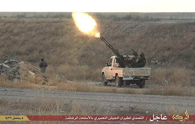 Dàn vũ khí khủng của IS khiến người xem cảm thấy lạnh gáy - ảnh 5