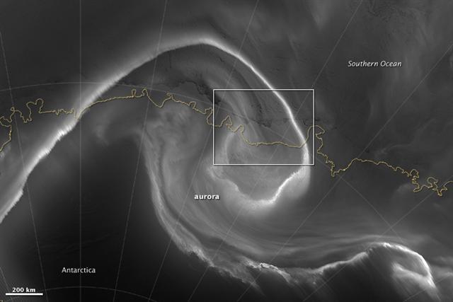 Cánh cổng thời gian thực sự tồn tại ở Nam Cực ? - ảnh 1
