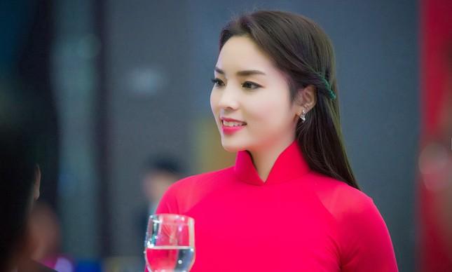 Hoa hậu Phạm Hương, Kỳ Duyên gửi lời chúc năm mới 2016 - ảnh 2