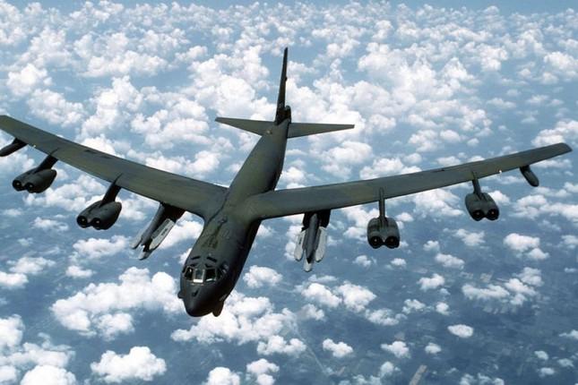 Mỹ điều B-52 bay qua Hàn Quốc để răn đe Triều Tiên - ảnh 1