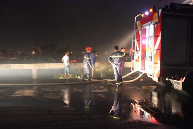 Đồng Nai: Cháy lớn tại chân cầu Bửu Hòa - ảnh 2