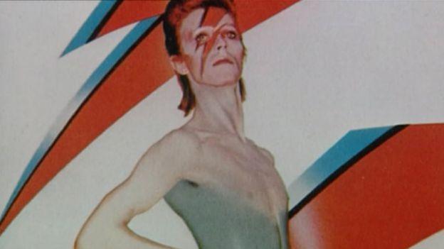 David Bowie qua đời: Cả thế giới tiếc thương một huyền thoại - ảnh 3