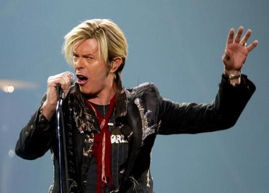 David Bowie qua đời: Cả thế giới tiếc thương một huyền thoại - ảnh 5