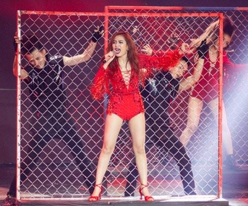 Hoàng Thùy Linh khoe vũ đạo 'bốc lửa' trong The Remix mùa 2 - ảnh 1