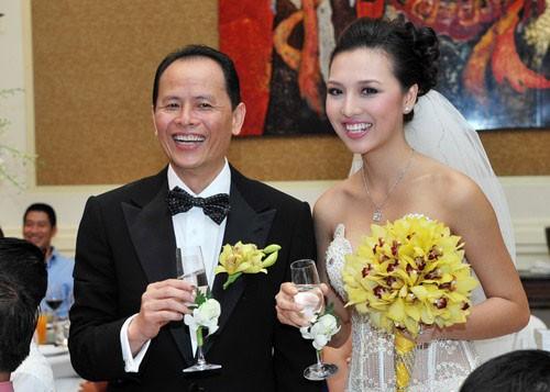 Những quý ông Việt lấy vợ trẻ kém... 30 tuổi - ảnh 6