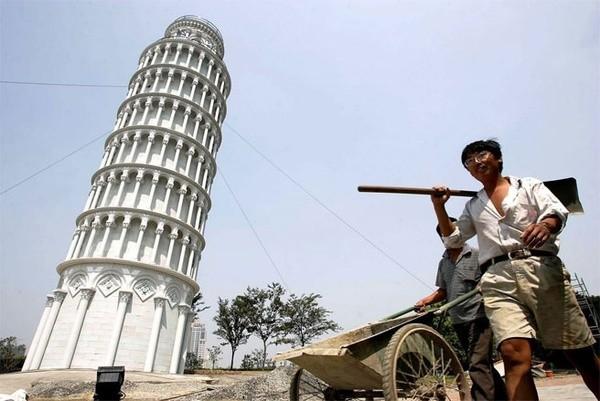 Những công trình nổi tiếng thế giới bị Trung Quốc làm nhái - ảnh 3