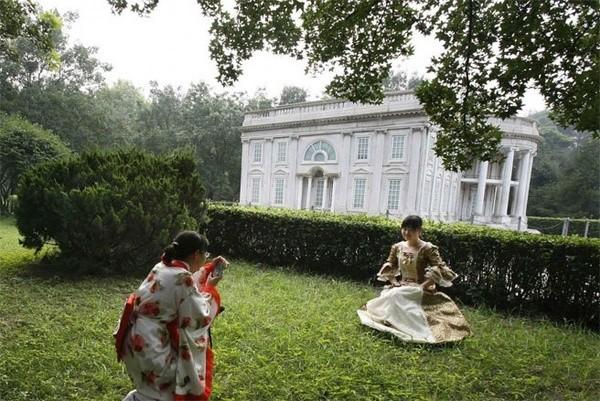 Những công trình nổi tiếng thế giới bị Trung Quốc làm nhái - ảnh 6