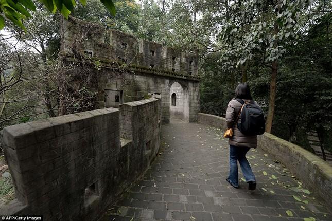 Những công trình nổi tiếng thế giới bị Trung Quốc làm nhái - ảnh 9