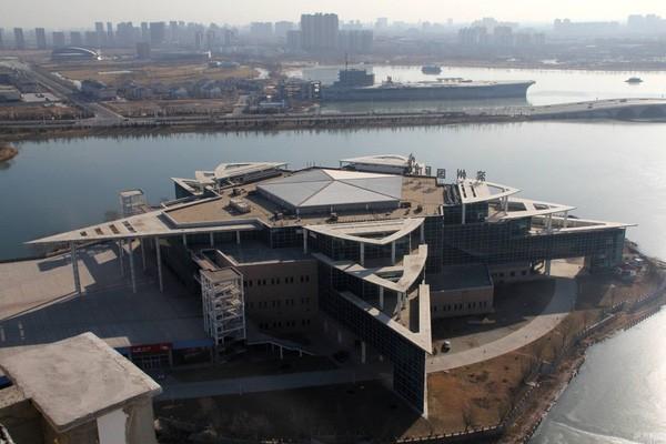 Những công trình nổi tiếng thế giới bị Trung Quốc làm nhái - ảnh 18