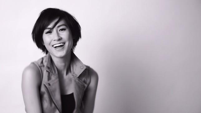 Kathy Uyên tung clip thể hiện '50 sắc thái cảm xúc' - ảnh 3