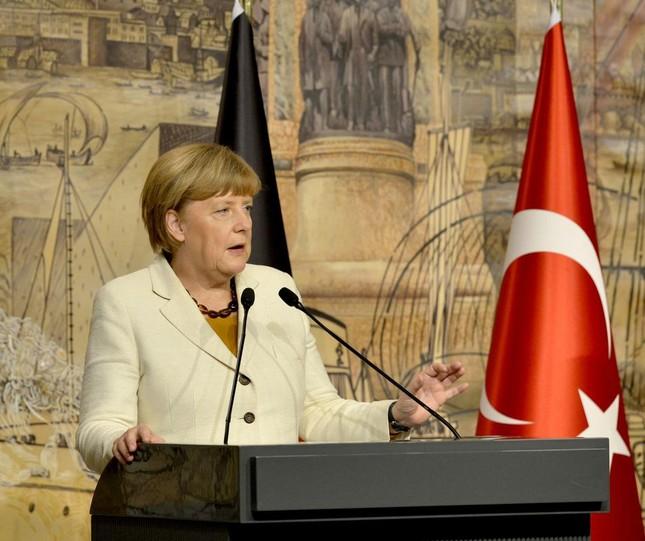 Nhà Trắng: Khủng bố tại Thổ Nhĩ Kỳ là tội ác ghê tởm - ảnh 2