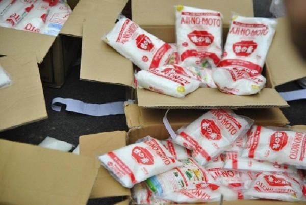 Hà Nội: Bắt nửa tấn mỳ chính, nước mắm giả thương hiệu nổi tiếng - ảnh 2