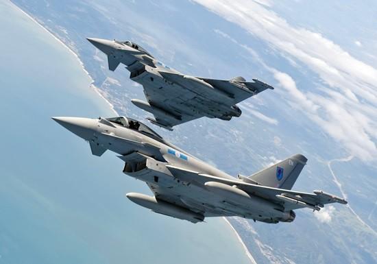 Báo Mỹ: Việt Nam đàm phán mua tiêm kích Eurofighter Typhoon - ảnh 1