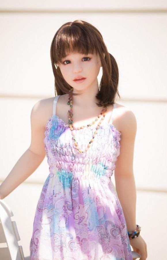 Vẻ đẹp 'thật hơn cả một người vợ' của búp bê tình dục Nhật - ảnh 2