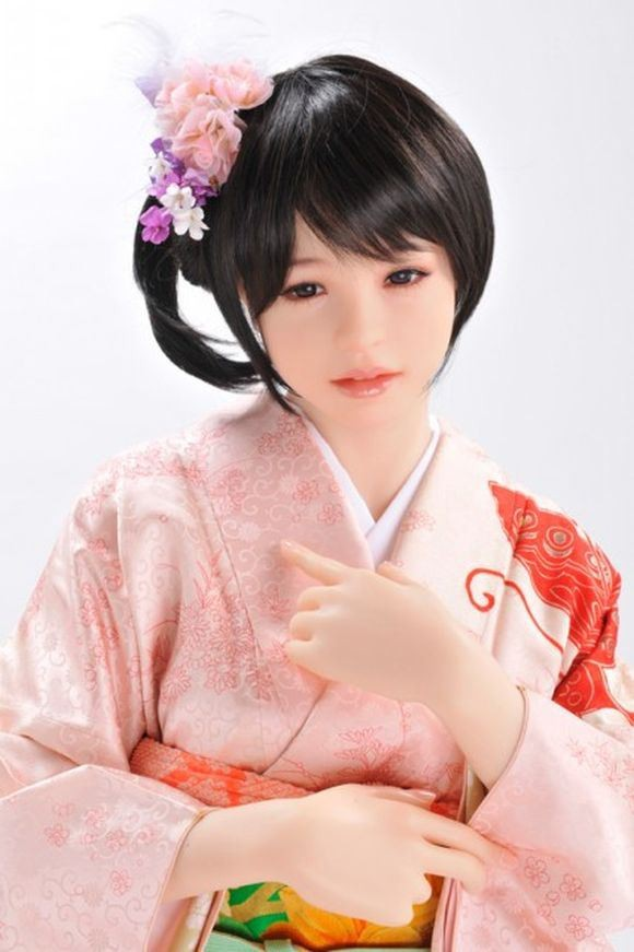 Vẻ đẹp 'thật hơn cả một người vợ' của búp bê tình dục Nhật - ảnh 3
