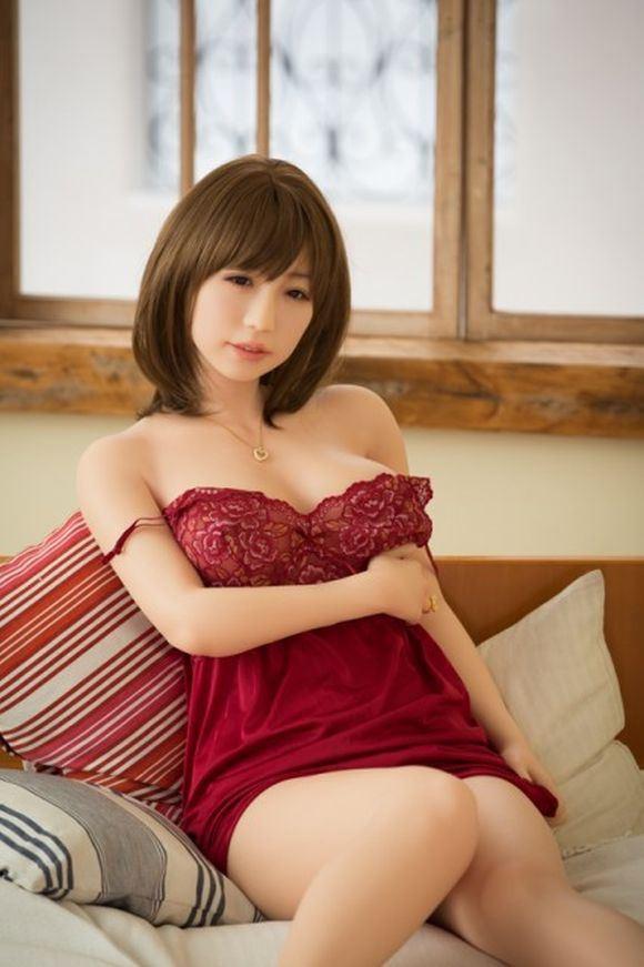Vẻ đẹp 'thật hơn cả một người vợ' của búp bê tình dục Nhật - ảnh 4