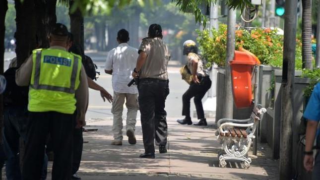 Vụ nổ liên hoàn tại Indonesia qua lời kể của nhân chứng - ảnh 3