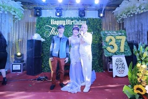 Đại gia Thái Bình chi tiền tỷ mời 50 ca sĩ trong tiệc sinh nhật vợ - ảnh 2