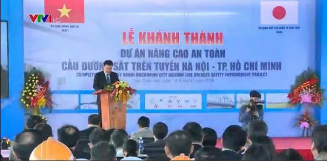 Hoàn thành 44 cầu đường sắt, tàu Hà Nội-TPHCM chạy 120km/h - ảnh 1
