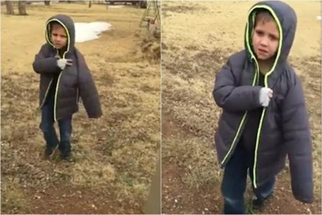 Vỡ òa giây phút cậu bé gặp lại chú chó sau 1 tháng đi lạc [VIDEO] - ảnh 1