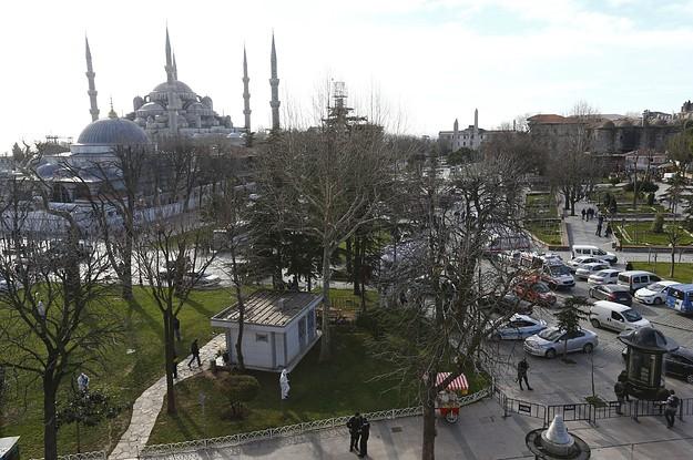 Thổ Nhĩ Kỳ khai hỏa diệt 200 kẻ khủng bố để trả đũa IS - ảnh 1