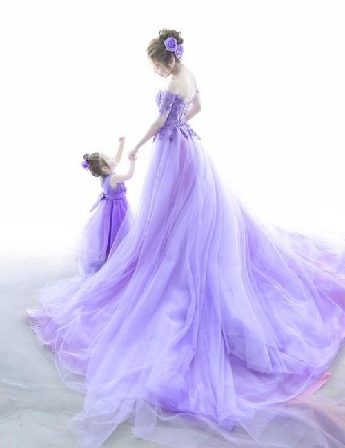 Bộ sưu tập đồ đôi mẹ - con cực 'chất' của Elly Trần - ảnh 14