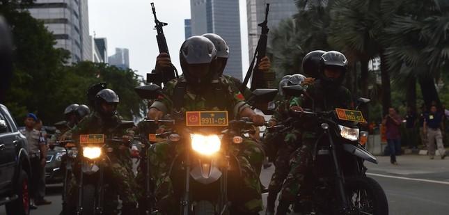 IS chỉ là kẻ 'dây máu ăn phần' trong vụ đánh bom ở Jakarta  - ảnh 3