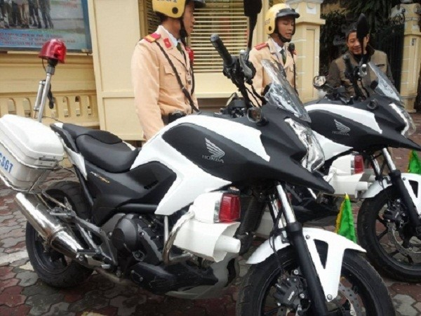 Ngắm dàn xe môtô 750 của CSGT Hà Nội phục vụ đại hội Đảng - ảnh 2