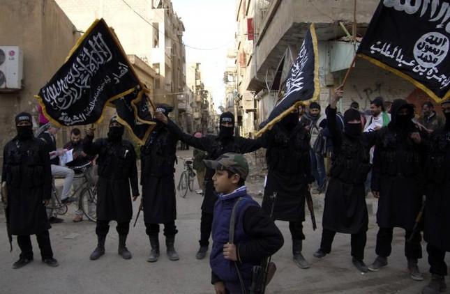 IS bắt cóc hơn 400 dân thường ở miền đông Syria - ảnh 1