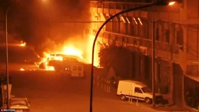 Al-Qaeda, IS đua nhau tiến hành khủng bố - ảnh 3