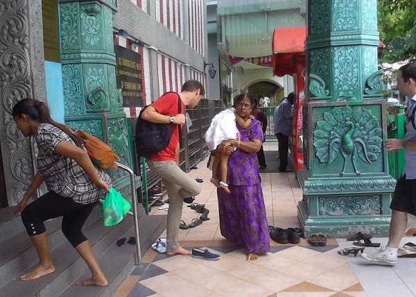 Những nguyên tắc kỳ lạ bắt buộc phải biết khi du lịch Ấn Độ - ảnh 1