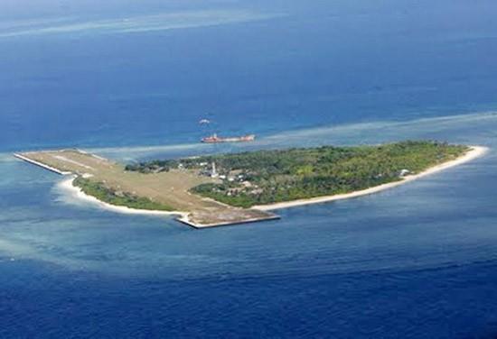 Trung Quốc đe dọa máy bay Philippines trên Biển Đông - ảnh 1