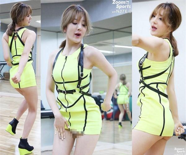 Váy của các ngôi sao K-pop đang ngày một ngắn hơn? - ảnh 1