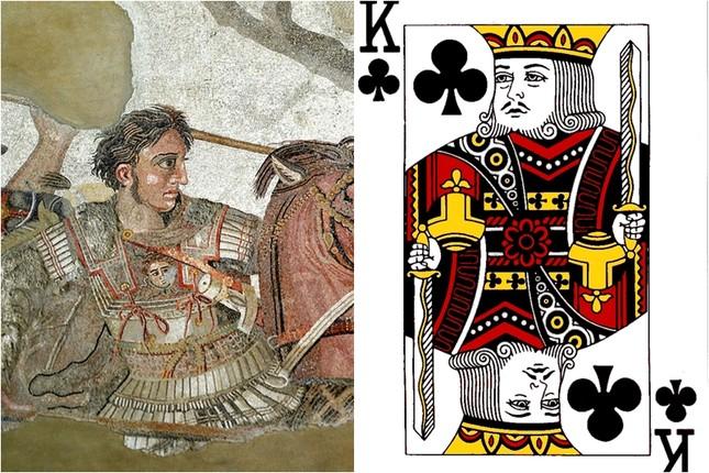 Những nhân vật bí ẩn đằng sau quân bài J, Q, K trong bộ bài tây - ảnh 1