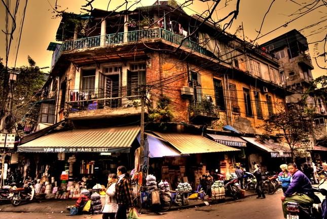 Nhắc khách Tây 5 điều không được 'bỏ quên' khi đi du lịch Hà Nội - ảnh 1