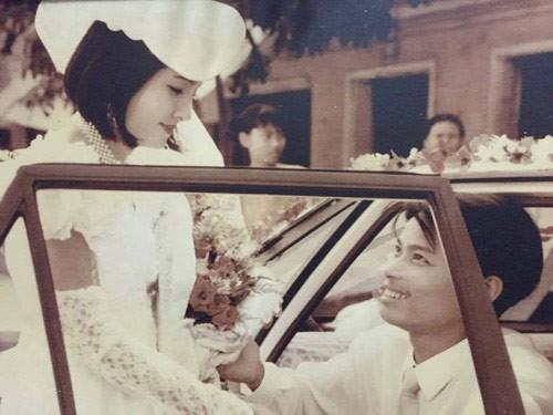 Màn rước dâu hoành tráng toàn xe vespa ở Hà Nội xưa - ảnh 1