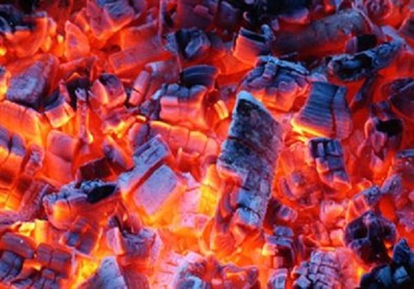 Bàng hoàng phát hiện cụ bà chết cháy do sưởi ấm bằng than - ảnh 1