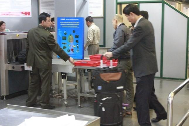 TP.HCM: Một giáo viên bị cấm bay trong 12 tháng vì dọa có bom - ảnh 1