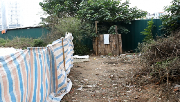 Kinh hoàng mứt tết phơi cạnh nhà vệ sinh ở làng nghề lớn nhất VN - ảnh 7
